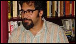 Dr. Adnan Hussain | Queens University Associate Professor
